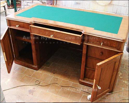 Реставрация старого письменного стола с ящиками своими руками